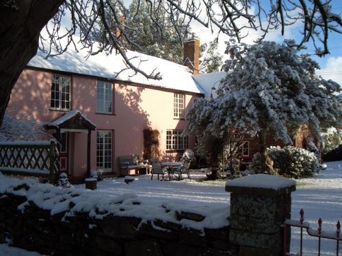 Yallands Farmhouse, Taunton