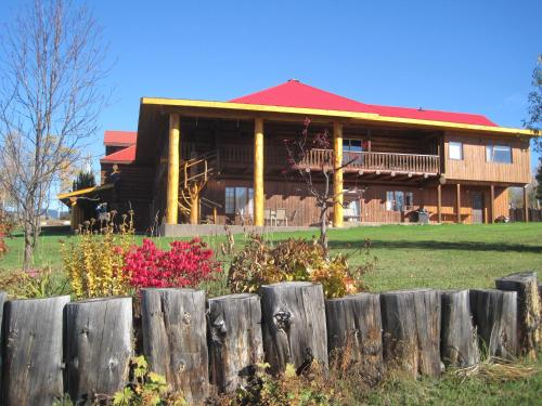 Smithers Driftwood Lodge - Accommodation - Smithers