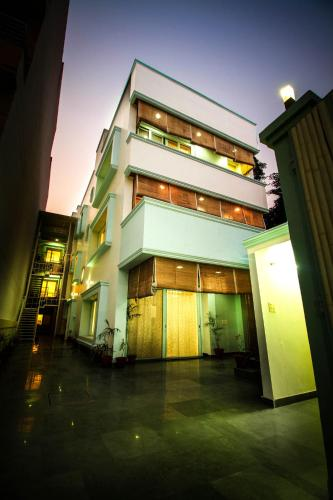 . Anara Service Apartments - Greater Kailash Part II