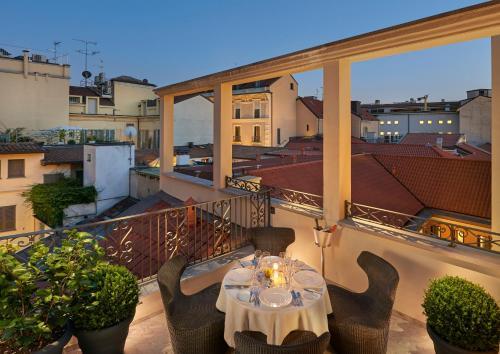 Via Andegari 9, Milan 20121, Italy.