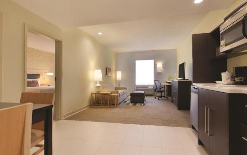 Home2 Suites By Hilton Oklahoma City South - Moore, OK 73139