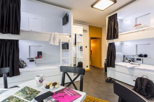 Inn 14 Hostel 룸 사진
