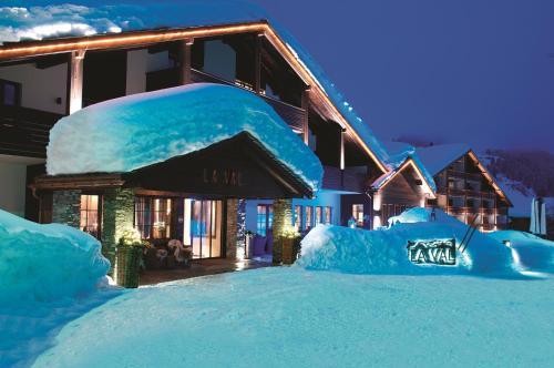 . La Val Hotel & Spa