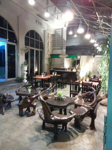 The Grand Palace Hostel photo 55