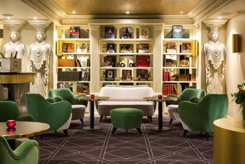 Hotel Barsey by Warwick Aðalmynd