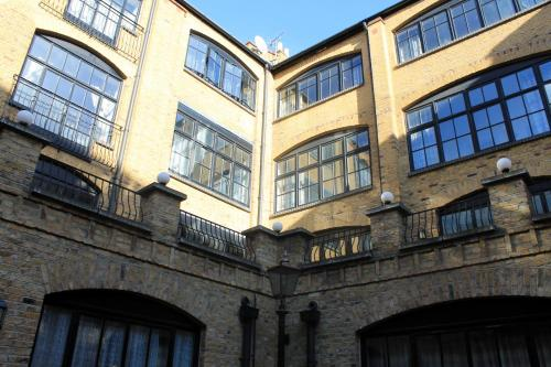 Acorn - Crawford House Apartments