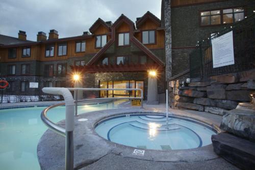 Platinum Suites Resort - Vacation Rentals - Hotel - Canmore