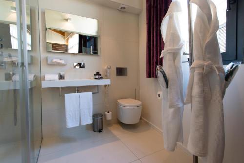 Double or Twin Room Hotel Museu Llegendes de Girona 61