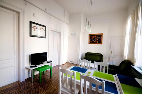 CentrÁlom Apartman, Pension in Pécs
