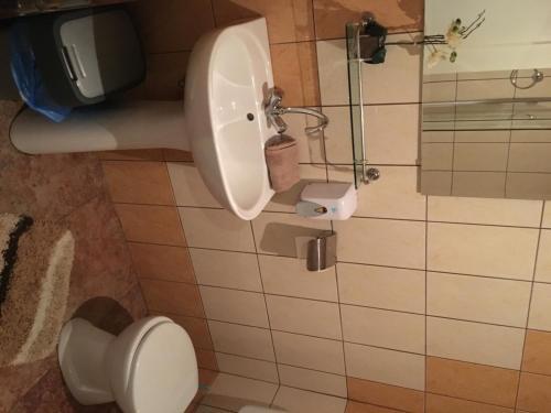 Abszolut Hotel es Panzio, Nyírbátor
