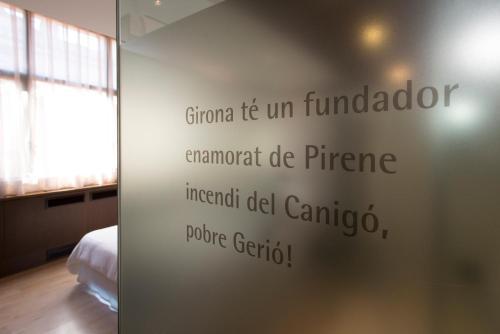 Double or Twin Room Hotel Museu Llegendes de Girona 53