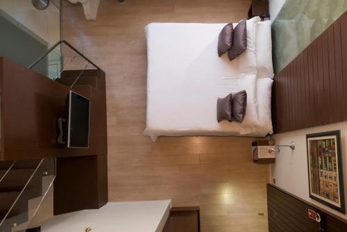 Duplex Junior Suite Hotel Museu Llegendes de Girona 35