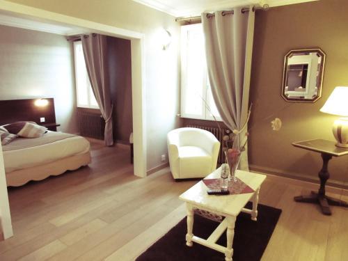 __{offers.Best_flights}__ Hotel Restaurant de la Marne