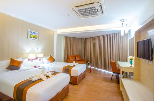 A Hotelcom Saint Tropez Beach Resort Hotel Hotel Chao Lao Beach