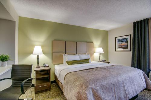 Candlewood Suites Richmond - West Broad photo 21
