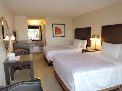Red Carpet Inn Airport Fort Lauderdale - image 13