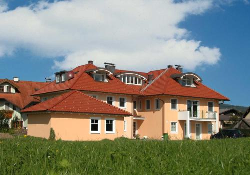 Pension Hiesel-Villa Untersbergblick in Anthering