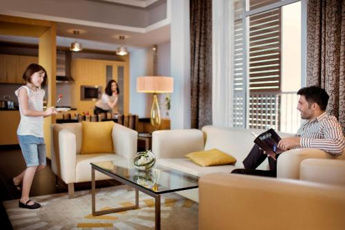 Hala Arjaan by Rotana, Deluxe Hotel Apartments photo 41