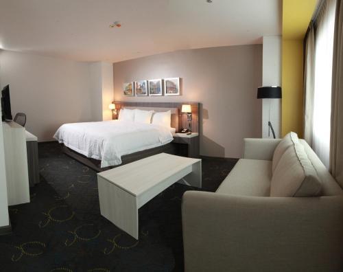 Hampton Inn and Suites by Hilton, Aguascalientes