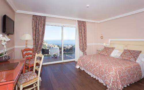 Superior Double Room with Sea View Hotel BlauMar Llafranch 3