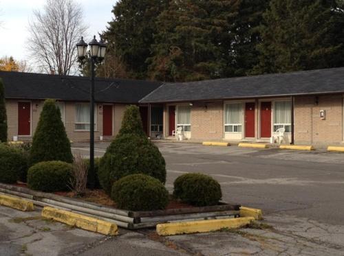 . Lotus Motel