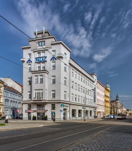. Hotel Palác
