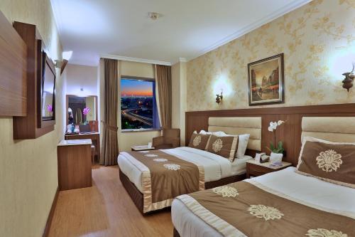 Istanbul Grand Hilarium Hotel tatil