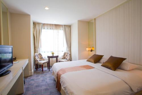 Aphrodite Inn Bangkok impression