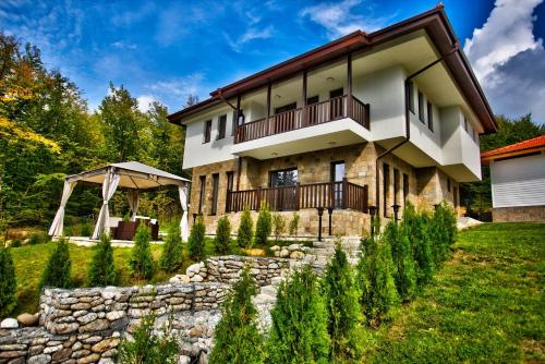 Villa Eta - Accommodation - Apriltsi