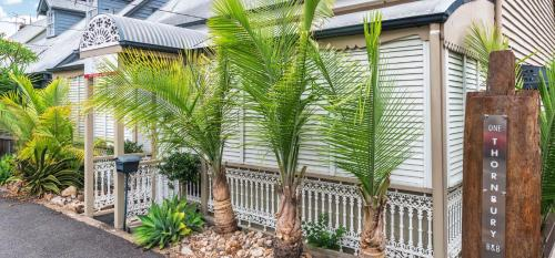 1 Thornbury Street, Spring Hill, Queensland 4000, Australia.