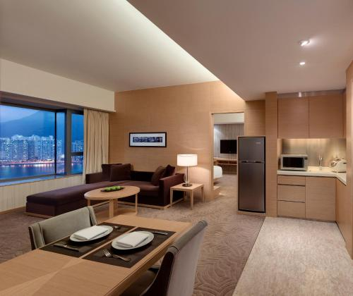 Executive Two-Bedroom King Suite