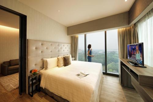 Pan Pacific Serviced Suites Beach Road photo 42