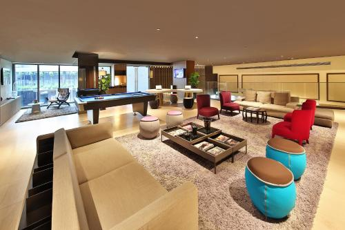 Pan Pacific Serviced Suites Beach Road photo 45