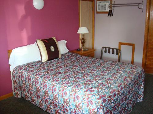 Country Villa Motel - Punxsutawney, PA 15767