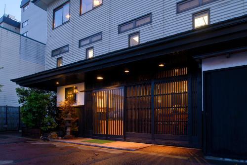 宿屋茶花酒店 Yadoya Tsubaki