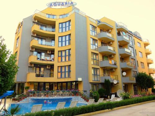 . Aquaria Holiday Apartments