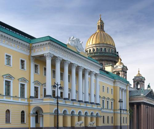 1 Voznesensky prospekt, St. Petersburg, 190000, Russia.