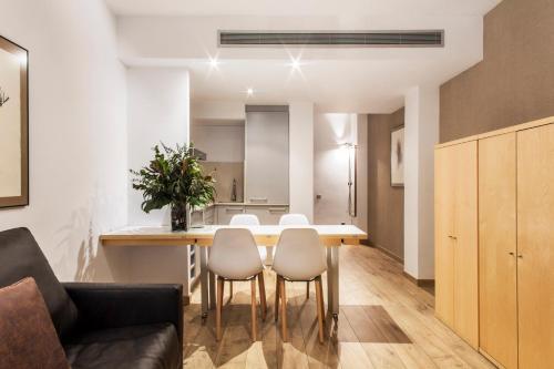 Barcelona Apartment Aramunt photo 12