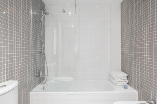 Barcelona Apartment Aramunt photo 13