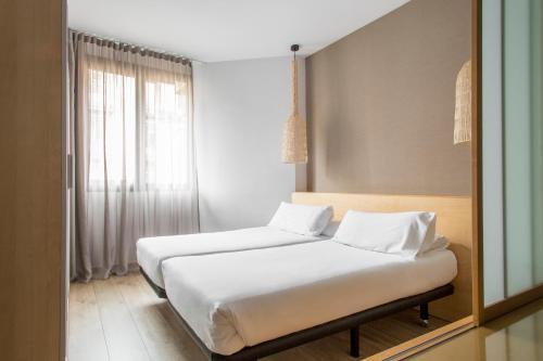 Barcelona Apartment Aramunt photo 14