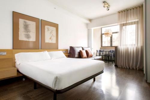 Barcelona Apartment Aramunt photo 16