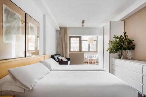Barcelona Apartment Aramunt photo 25