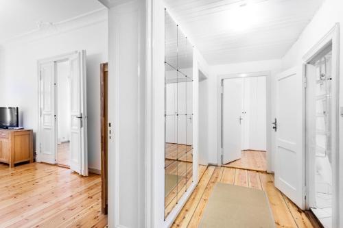 GreatStay Apartment - Uhlandstr. photo 8