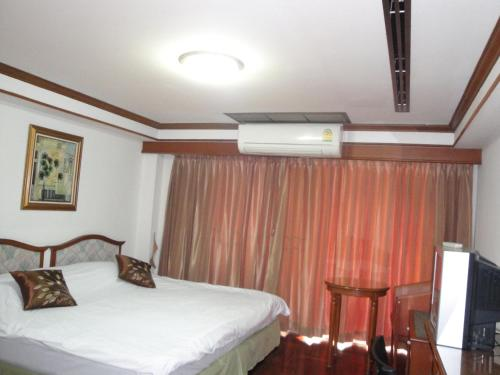 Interchange Tower Serviced Apartment photo 21