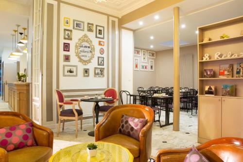 Hotel De La Cite Rougemont - Hôtel - Paris