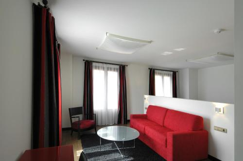 Superior Twin Room Hotel Cienbalcones 13
