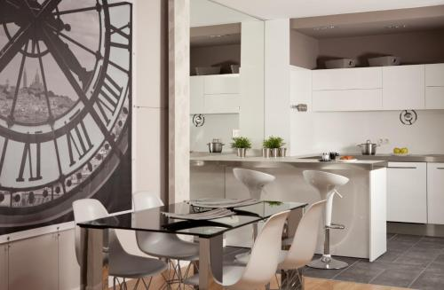 CLEVES Boulevard Residence Corporate & Leisure Apartments
