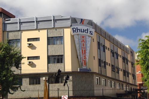 . Rhud's Hotel