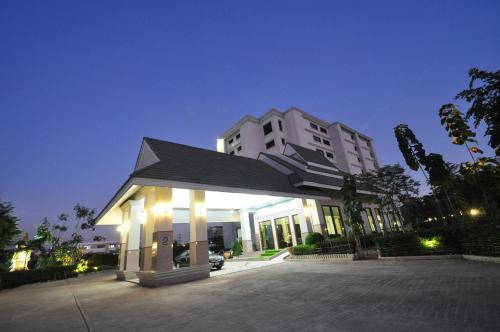 Pearl Resort And Hotel