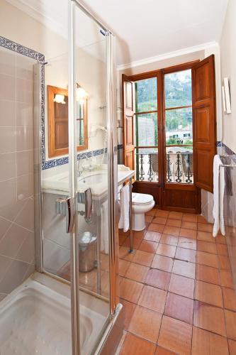 Twin Room - single occupancy Hotel Des Puig 9